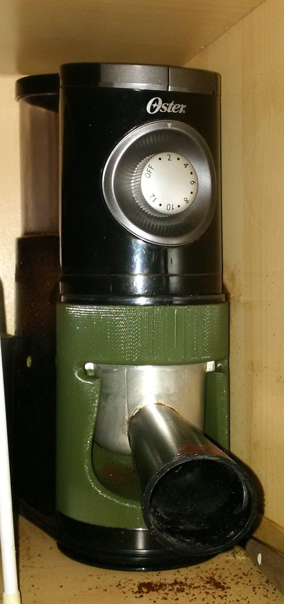 grounds cup holder in grinder